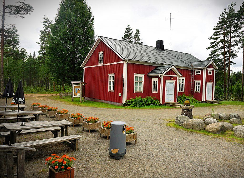 Lauhansarven kahvila-ravintola on korona-aikaan auki vain kesälauantaisin ja -sunnuntaisin klo 11 - 16